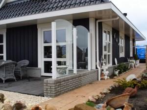 Glazen terrasafscheiding