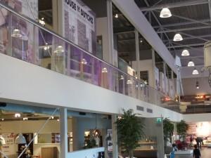 Glazen balustrade woonwinkel Leeuwarden 1